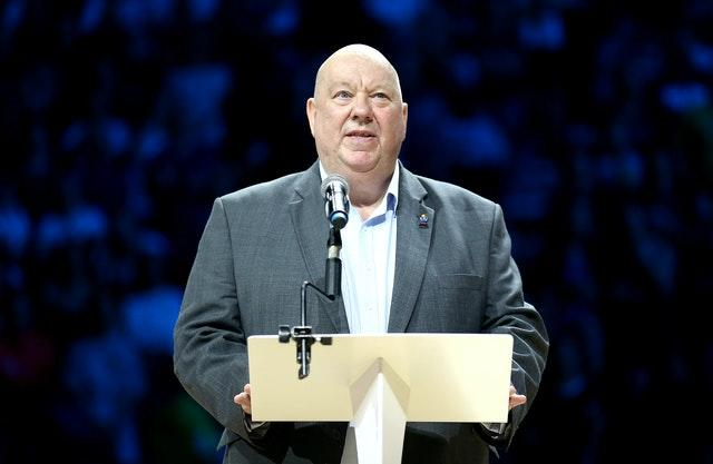 Mayor of Liverpool Joe Anderson has given his support to the idea of playing the derby at Goodison Park