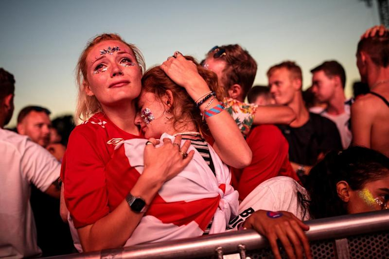 Fans sob in Hyde Park following the game (Getty Images)
