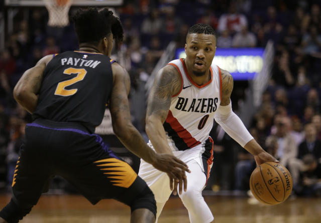 "<a class=""link rapid-noclick-resp"" href=""/nba/teams/por/"" data-ylk=""slk:Portland Trail Blazers"">Portland Trail Blazers</a> guard <a class=""link rapid-noclick-resp"" href=""/nba/players/5012/"" data-ylk=""slk:Damian Lillard"">Damian Lillard</a> has been putting up big numbers as a scorer over his last 10 games. (AP Photo/Rick Scuteri)"