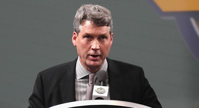 Chuck Fletcher is an uninspired choice for Flyers GM. (Getty)