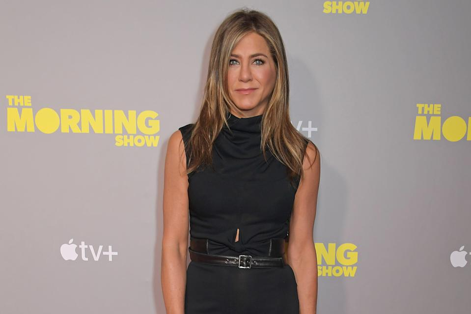"""<p>Fact: <a href=""""https://www.womenshealthmag.com/life/g28649890/jennifer-aniston-age-photos-morning-show/"""" rel=""""nofollow noopener"""" target=""""_blank"""" data-ylk=""""slk:Jennifer Aniston"""" class=""""link rapid-noclick-resp"""">Jennifer Aniston</a> has looked jaw-droppingly fit and healthy for decades. But, TBH, she's really hit her stride these days. At 50, Jen has ridiculous abs, glow-y skin, and legs even Rachel Green would die for. But while Jen works hard, she also seems to be pretty chill about her approach to health. Here are the health and wellness habits she swears by to capture that truly JA vibe.</p>"""