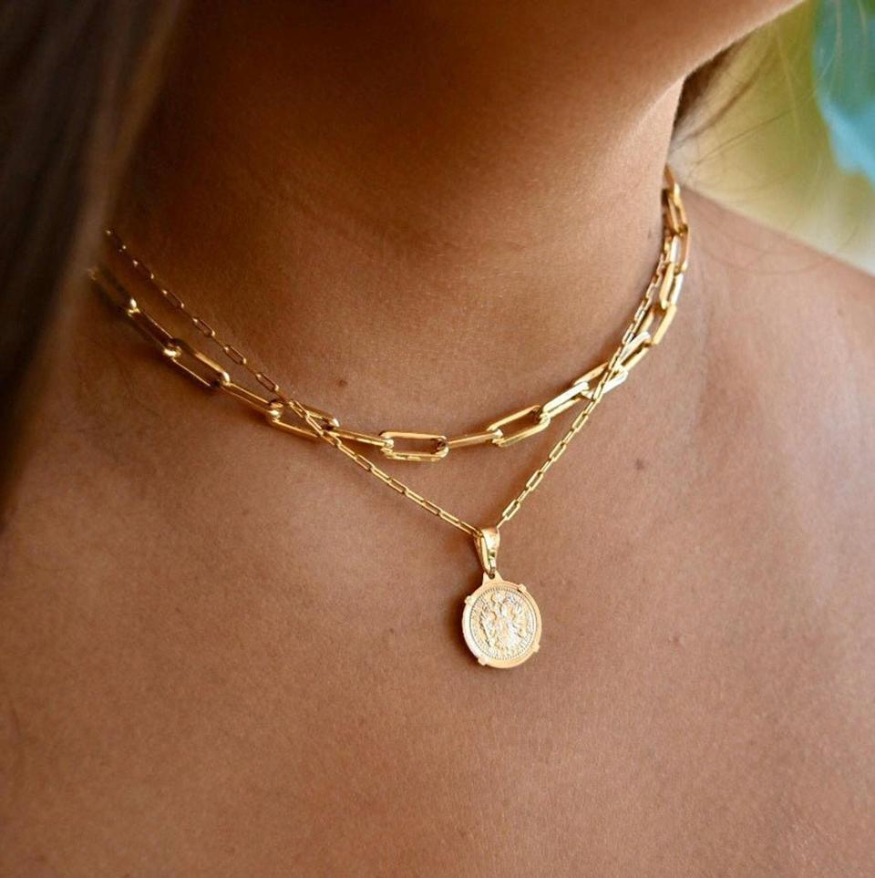 <p>This <span>Gold Link Choker and Chain Set</span> ($27 and up) will look perfect with a V-neck sweater.</p>
