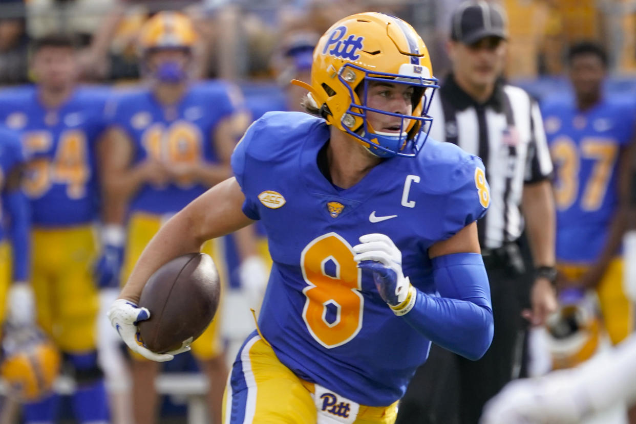 Pittsburgh quarterback Kenny Pickett has a big test this week at Tennessee. (AP Photo/Keith Srakocic)