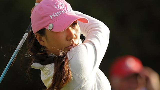 After being reunited with her lost clubs earlier this week, I.K. Kim opened with a 67 at the Kia Classic, though she didn't use her newly rediscovered clubs.