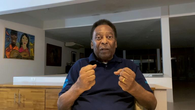 Pele said he was happy for his good mental health in an October 17, 2020 video released by his press office