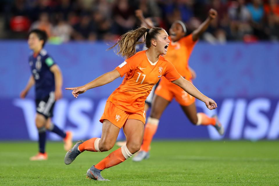 RENNES, FRANCE - JUNE 25: Lieke Martens of the Netherlands celebrates with teammates after scoring her team's second goal during the 2019 FIFA Women's World Cup France Round Of 16 match between Netherlands and Japan at Roazhon Park on June 25, 2019 in Rennes, France. (Photo by Richard Heathcote/Getty Images )