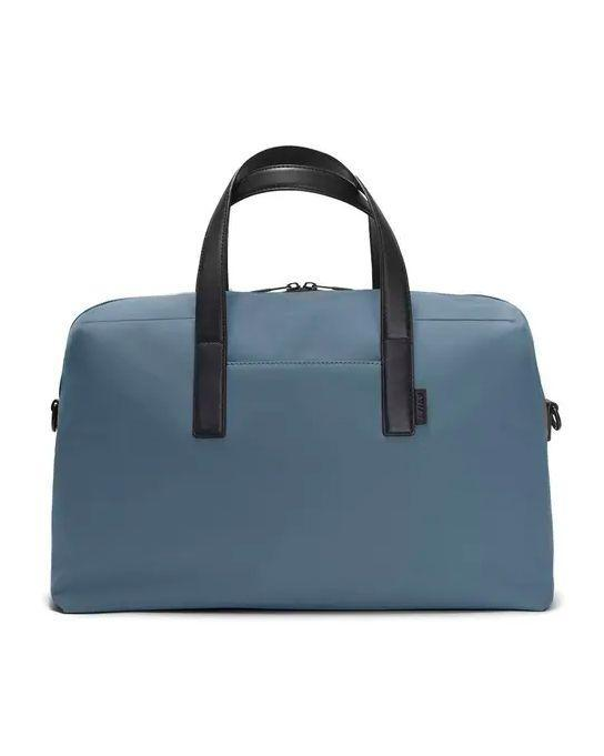 "<p><a class=""link rapid-noclick-resp"" href=""https://go.redirectingat.com?id=127X1599956&url=https%3A%2F%2Fwww.awaytravel.com%2Fuk%2Fen%2Ftravel-bags%2Feverywhere-bag%2Fsand-nylon&sref=https%3A%2F%2Fwww.esquire.com%2Fuk%2Fstyle%2Fg30726308%2Fgym-bags-men%2F"" rel=""nofollow noopener"" target=""_blank"" data-ylk=""slk:SHOP"">SHOP</a></p><p>This bag is called the 'Everywhere' for a reason – it's a real all-rounder, taking you from the gym to weekends away (and maybe on flights one day, too). It has numerous compartments, an umbrella pocket and nifty sleeve at the back designed to slide over the handles of your suitcase. We like the nylon for the gym, but it also comes in leather should you prefer something more classic.</p><p>The Everywhere Bag, £195, awaytravel.com</p>"