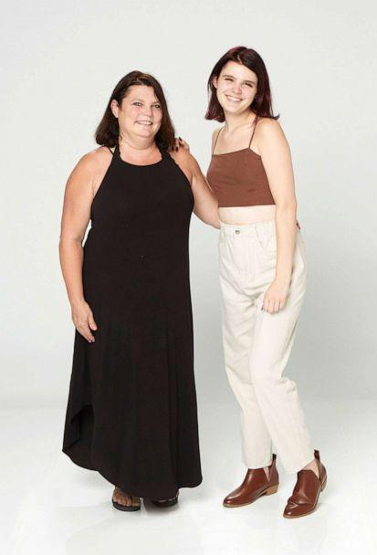 PHOTO: Allison Lee pictured with her mother Kellie Lee in 2021. (ABC)