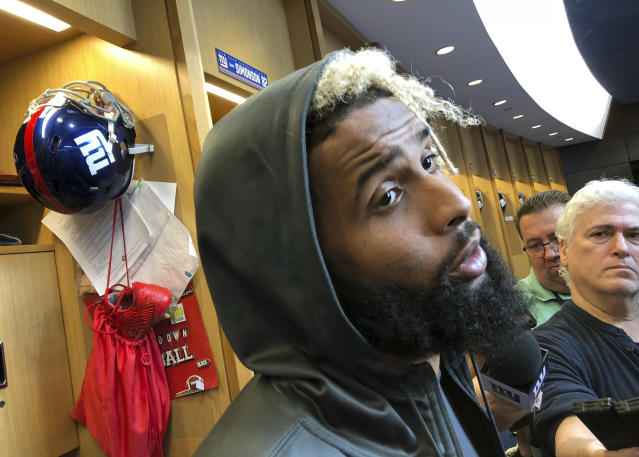 "<a class=""link rapid-noclick-resp"" href=""/nfl/players/27540/"" data-ylk=""slk:Odell Beckham Jr."">Odell Beckham Jr.</a> says he's trying to stay hydrated during games, despite his dislike for water. (AP)"