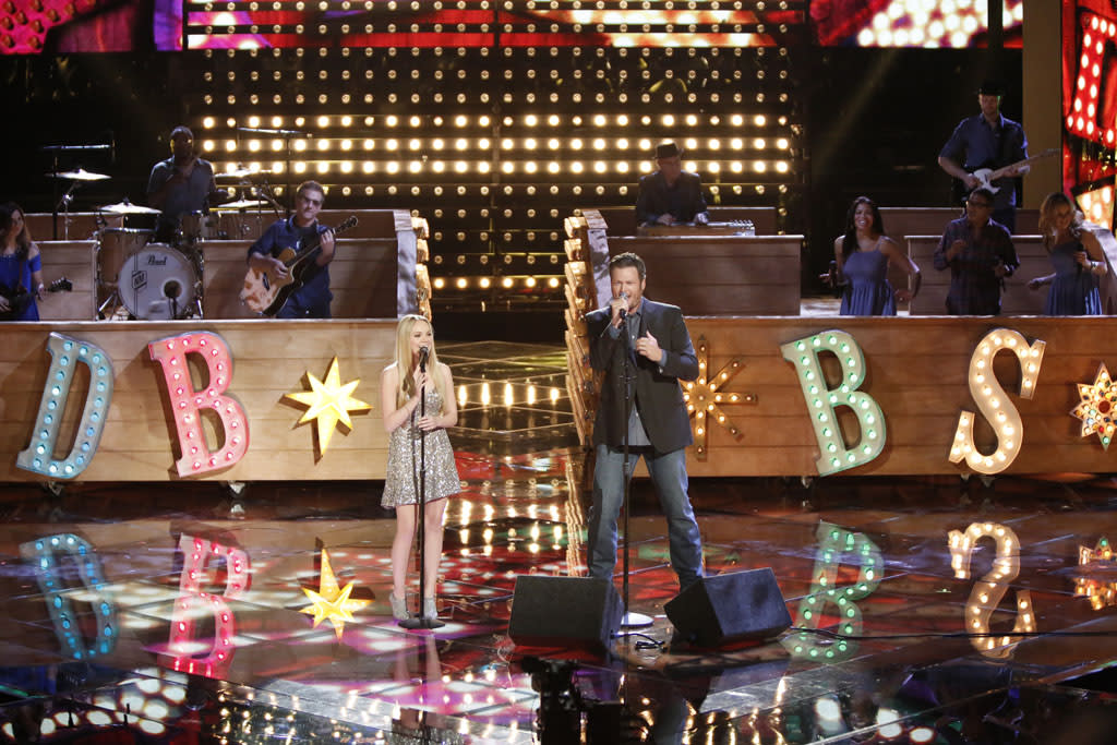 "Danielle Bradbery and Blake Shelton perform ""Timber, I'm Falling in Love"" on ""The Final Live Performances"" episode of ""The Voice"" Season 4."