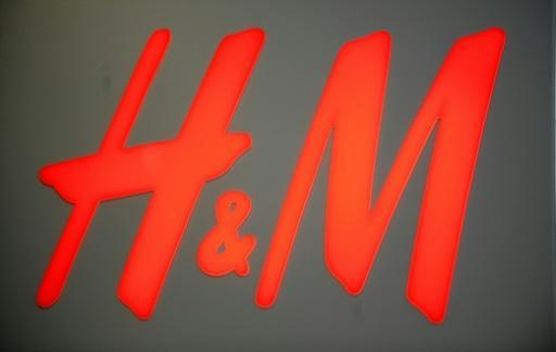 <p>H&M 'racist' ad adds to company's woes</p>