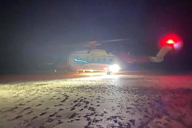 A man was airlifted to hospital after slipping 40 feet from a cliff edge in Cornwall. (Polzeath Coastgard)