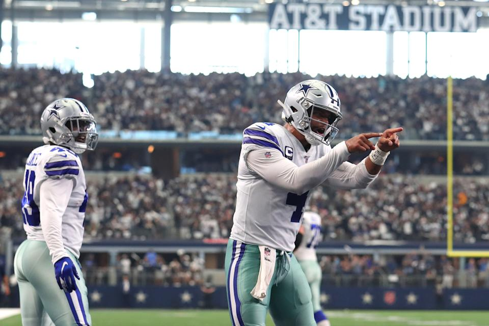ARLINGTON, TEXAS - SEPTEMBER 08: Quarterback Dak Prescott #4 of the Dallas Cowboys celebrates during the second quarter of the game against New York Giants at AT&T Stadium on September 08, 2019 in Arlington, Texas. (Photo by Tom Pennington/Getty Images)