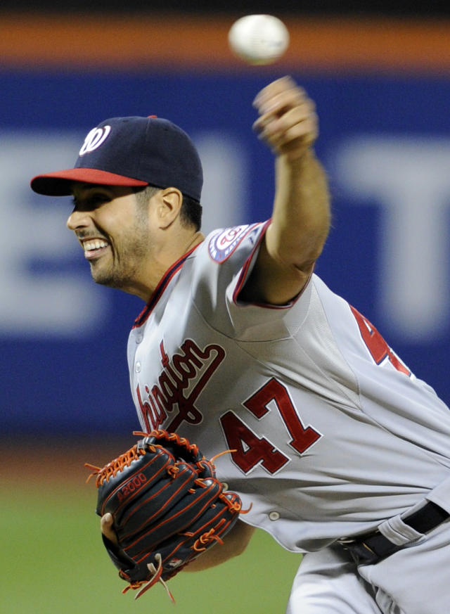 Washington Nationals pitcher Gio Gonzalez delivers the ball to the New York Mets during the first inning of a baseball game, Monday, Sept. 9, 2013, in New York. (AP Photo/Bill Kostroun)