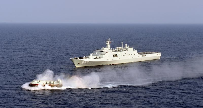 China holds landing exercises in disputed seas