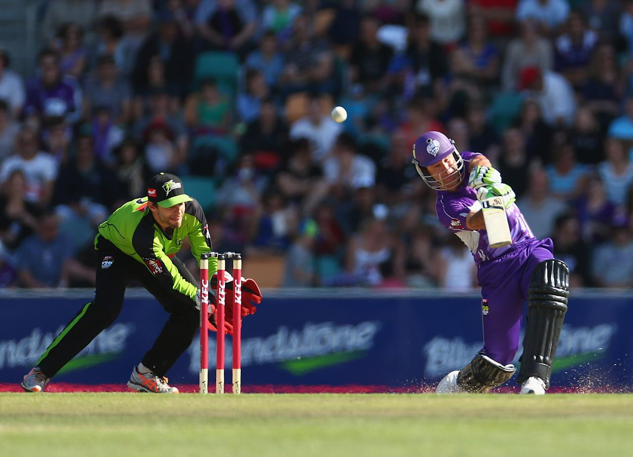 HOBART, AUSTRALIA - DECEMBER 23:  Ricky Ponting of the Hurricanes bats during the Big Bash League match between the Hobart Hurricanes and the Sydney Thunder at Blundstone Arena on December 23, 2012 in Hobart, Australia.  (Photo by Robert Cianflone/Getty Images)