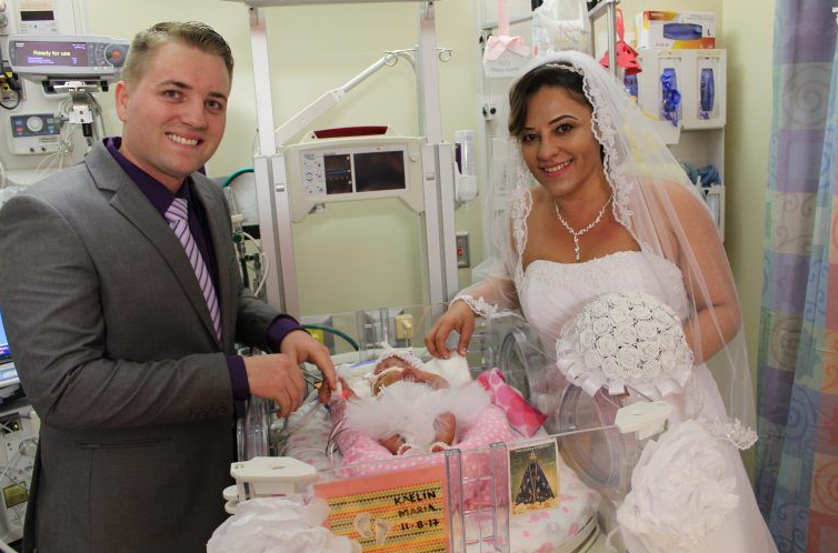 Tyler and Rubia tied the knot next to their daughter's crib in NICU. Photo: University of Alabama at Birmingham