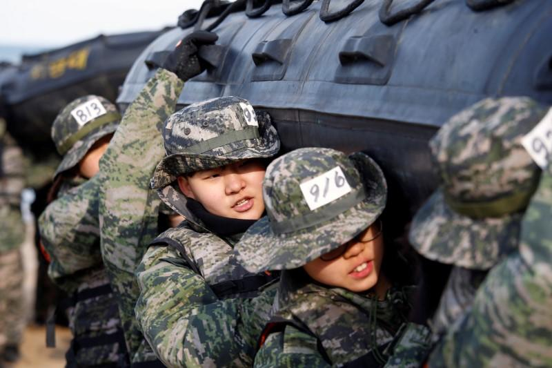 South Koreans take part in mock Marines Corps boot camp in Pohang