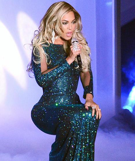 Holy bling Beyonce! The singer wore over $2 million worth of Lorraine Schwartz jewels at the 2014 BRIT awards on Wednesday, Feb. 19