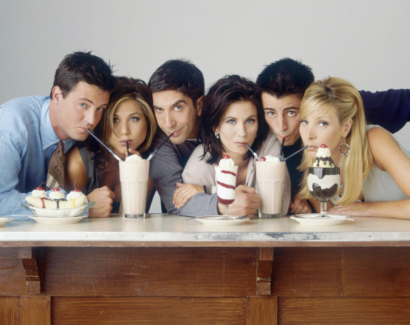 Friends stars Matthew Perry as Chandler Bing, Jennifer Aniston as Rachel Green, David Schwimmer as Ross Geller, Courteney Cox as Monica Geller, Matt LeBlanc as Joey Tribbiani, Lisa Kudrow as Phoebe Buffay (Photo by NBCU Photo Bank/NBCUniversal via Getty Images via Getty Images)