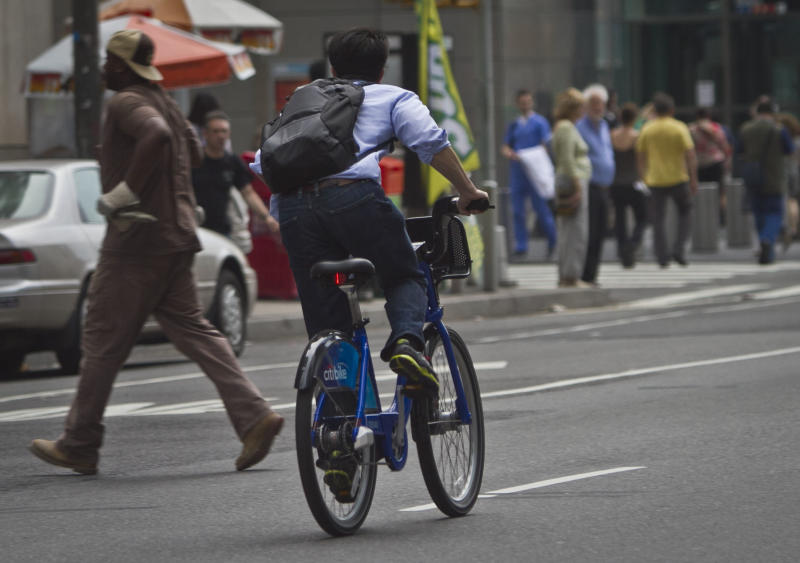 No helmets required for bike share in busy NYC