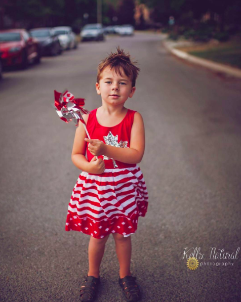 A mother has shared some beautiful shots of her son wearing dresses to encourage others to break down gender stereotypes (Photo: Instagram/ kellsnaturalphotography)