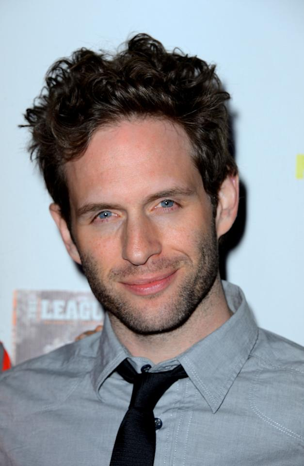 """HOLLYWOOD, CA - OCTOBER 09:  Actor Glenn Howerton arrives at the Premiere Screenings of FX's """"It's Always Sunny In Philadelphia"""" Season 8 And """"The League"""" Season 4 -at ArcLight Cinemas Cinerama Dome on October 9, 2012 in Hollywood, California.  (Photo by Frazer Harrison/Getty Images)"""