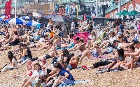 Temperatures of 25.1Cwere recorded on 7 May, making it the hottest early May Bank Holiday Monday on record - Credit: London News Pictures