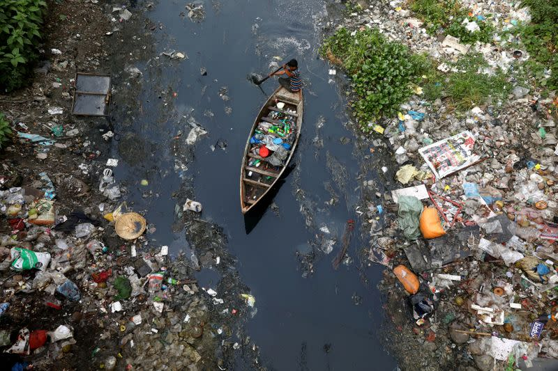 Bangladesh to ban use of single-use plastic in hotels and restaurants