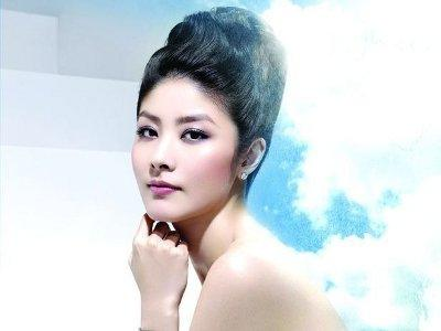 Kelly Chen's second child