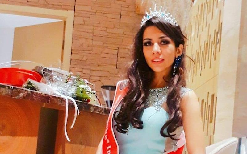 Bahareh Zare Bahari an Iranian beauty queen fears her life is in danger if she is deported to Iran - Facebook