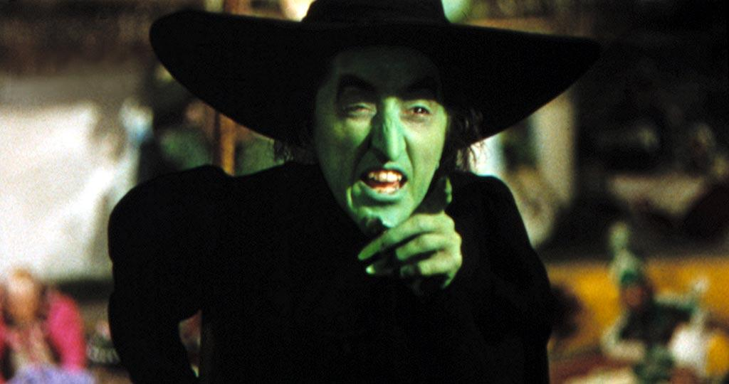 "<a href=""http://movies.yahoo.com/movie/contributor/1800019696"">Margaret Hamilton</a>, ""<a href=""http://movies.yahoo.com/movie/1800019695/info"">The Wizard of Oz</a>""<br><br>With flying monkeys for henchmen and perhaps the most recognizable quote in film history (""I'll get you, my pretty, and your little dog, too!""), Margaret Hamilton's Wicked Witch of the West continues to terrify tots as one of the big screen's most brutal broads."