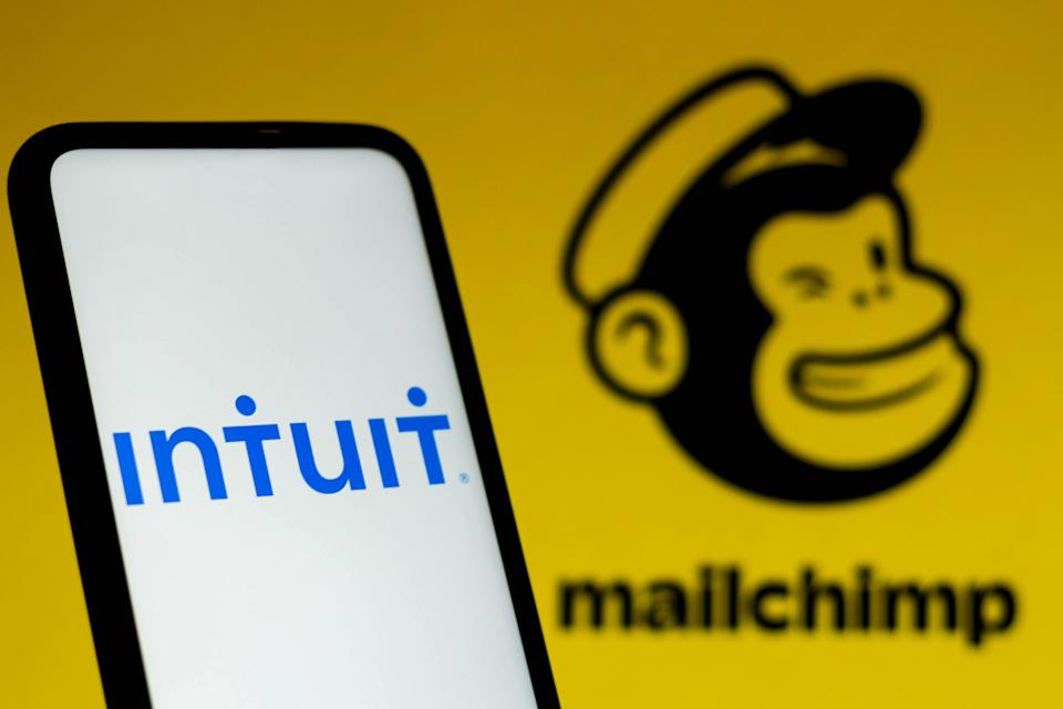 BRAZIL - 2021/09/13: In this photo illustration the Intuit logo seen displayed on a smartphone with a Mailchimp logo in the background. (Photo Illustration by Rafael Henrique/SOPA Images/LightRocket via Getty Images)