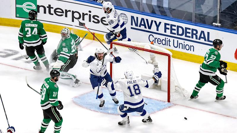Another slow start undermines Stars in loss to Lightning