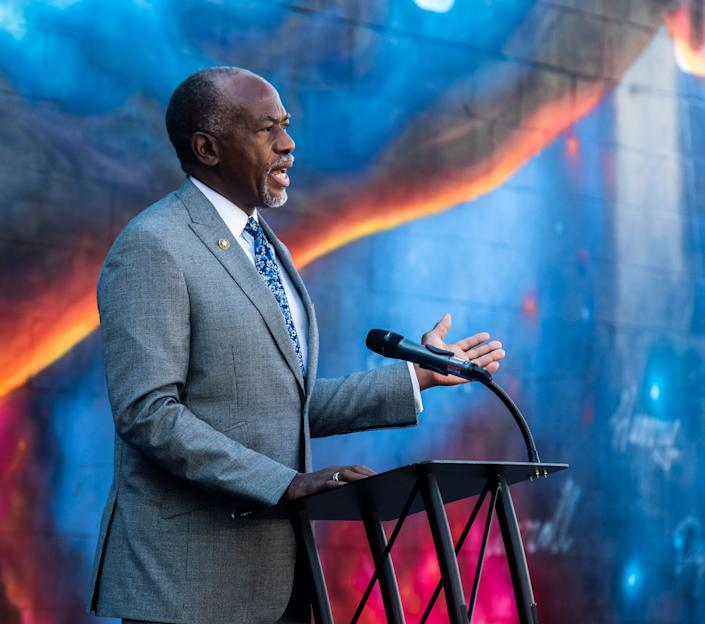 James Hildreth, president and CEO of Meharry Medical College, speaks during a press briefing held at the Titans mural on Korean Veterans Boulevard in Nashville, Tenn., on Sept. 17 to update the public on the city's response to COVID-19 and the strategy going forward.