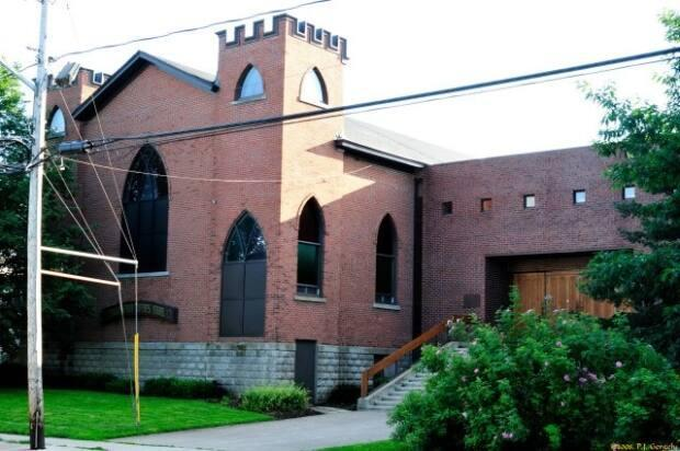 Lampert says the Tiferes Israel Synagogue tries to educate the community about  Judaism.