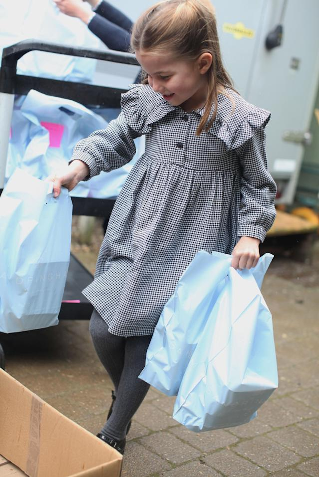 Charlotte helped her parents make pasta before they packed and delivered food parcels. (Duchess of Cambridge)