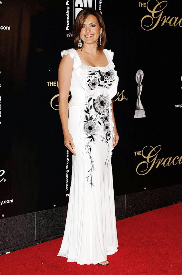 """It was great to see """"Law and Order: SVU"""" lead Mariska Hargitay back out on the red carpet. The actress has been recovering from a partially collapsed lung since December. Jemal Countess/<a href=""""http://www.gettyimages.com/"""" target=""""new"""">GettyImages.com</a> - June 3, 2009"""