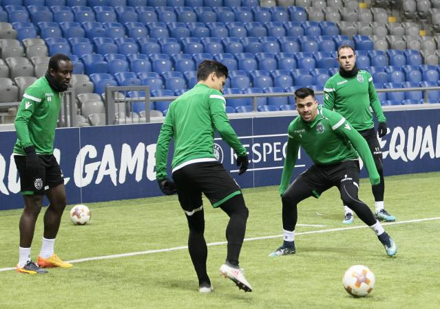 Soccer Football - UEFA Europa League - Sporting CP training - Astana Arena, Astana, Kazakhstan - February 14, 2018 Sporting's players attends a training session ahead of the match against Astana. REUTERS/Alexei Filippov