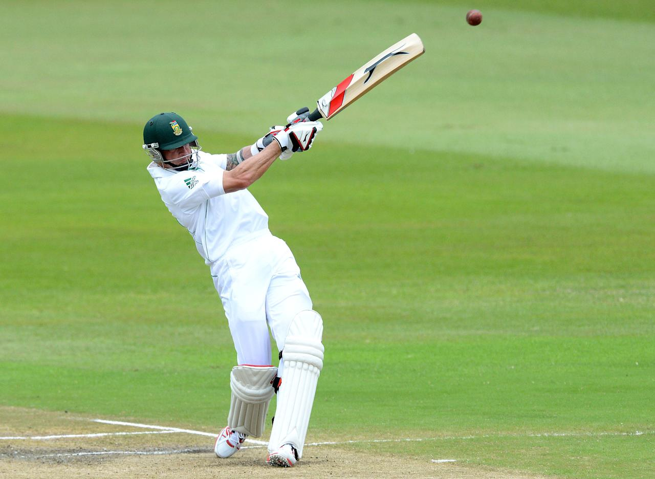 DURBAN, SOUTH AFRICA - DECEMBER 29: Dale Steyn of South Africa hits a boundary during day 4 of the 2nd Test match between South Africa and India at Sahara Stadium Kingsmead on December 29, 2013 in Durban, South Africa. (Photo by Duif du Toit/Gallo Images/Getty Images)