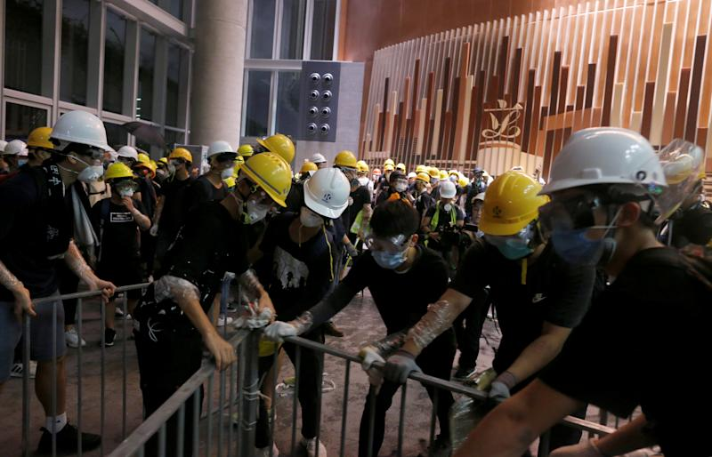Protesters break into the Legislative Council building during the anniversary of Hong Kong's handover to China in Hong Kong, China July 1, 2019 July 1, 2019. (Photo: Reuters)