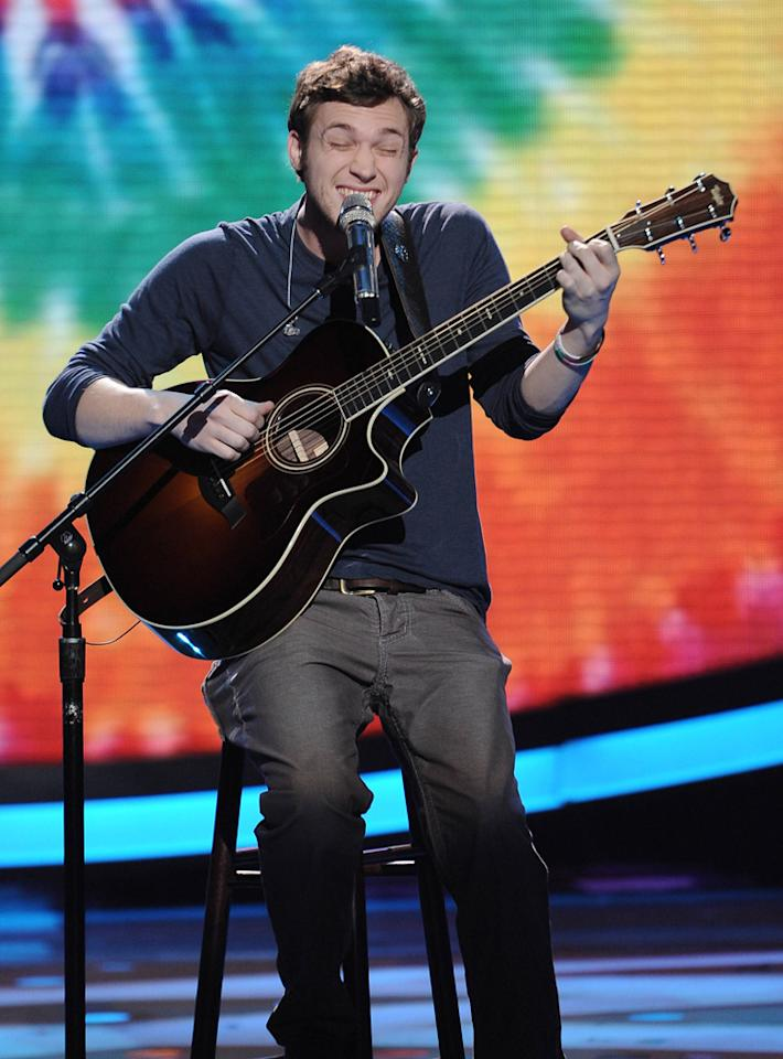 "Phillip Phillips performs ""Time of the Season"" by The Zombies on ""<a target=""_blank"" href=""http://tv.yahoo.com/american-idol/show/34934"">American Idol</a>."""