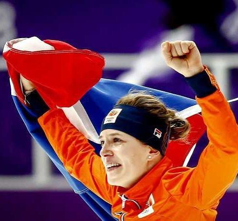<p>ireenw: It's a big honor to be chosen as flag bearer of The Netherlands during the closing ceremony! #proud #olympics #closingceremony #flag </p>