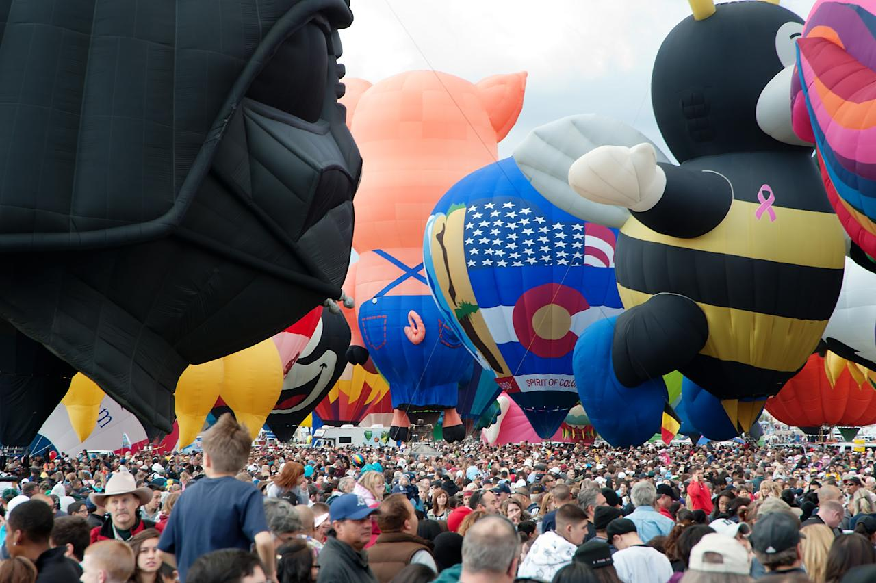 A general view of atmosphere at the 39th Annual Albuquerque International Balloon on OCTOBER 8, 2010 in Albuquerque, New Mexico. (Photo by Steve Snowden/Getty Images)