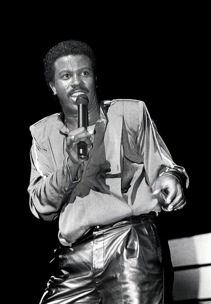"""Kashif Saleem was an influential R&B musician and songwriter who produced Whitney Houston's breakout single, """"You Give Good Love,"""" and also worked on records by Barry White, Evelyn """"Champagne"""" King, and George Benson. He was found dead of natural causes on Sept. 25. He was 59. (Photo: Getty Images)"""