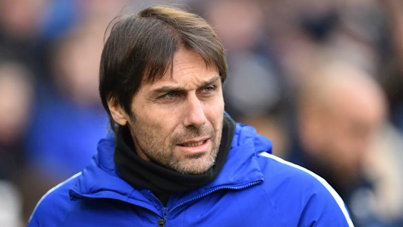 Chelsea need to keep 'football teacher' Conte, claims Zappacosta