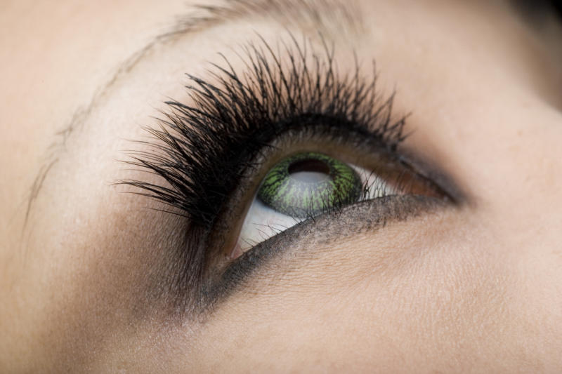 8 Mascara Problems Solved