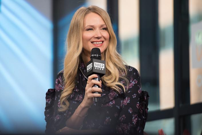 Grammy-nominated musician Jewel shared how she's prioritizing her mental health and how she's helping others — including kids — do the same. (Photo: Mike Pont via Getty Images)