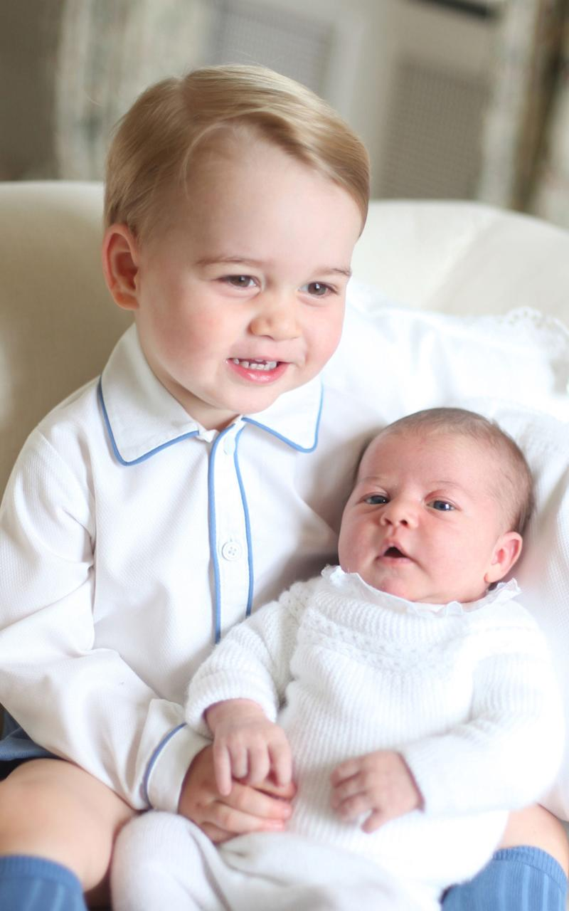 Prince George and his little sister Princess Charlotte in 2015