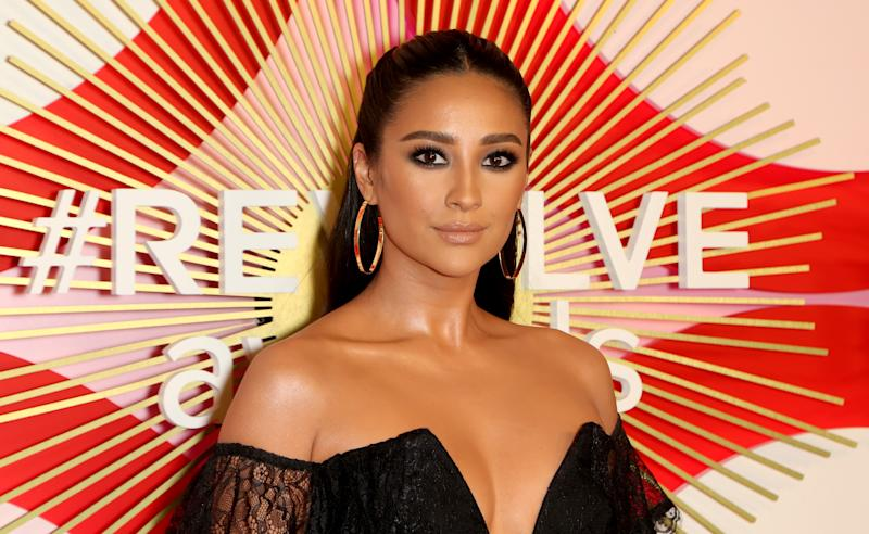 Shay Mitchell Suffered A Miscarriage